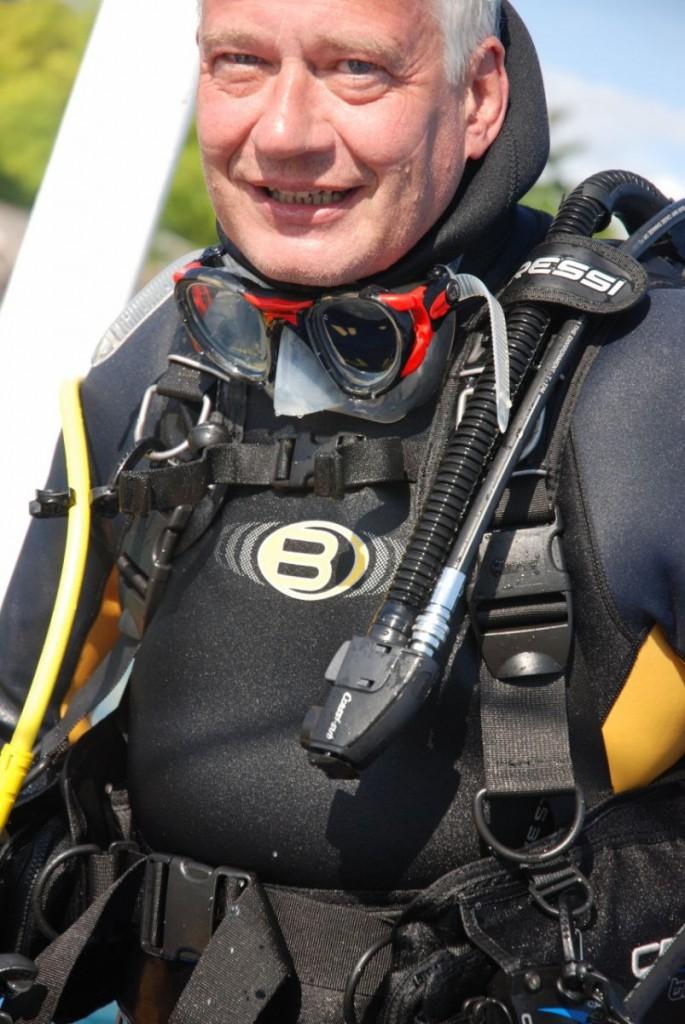 Hansen hopper i vandet med en Natur og Madblog